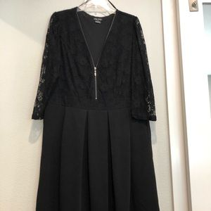 Midi Dress - 3/4 Lace Sleeves